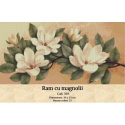 Model goblen Ram cu magnolii